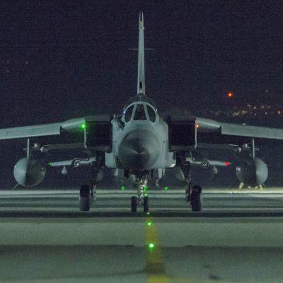 Brittiskt stridsflyg på en bas i Cypern.