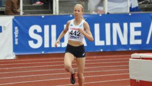 Johanna Peiponen är distanslöpare.