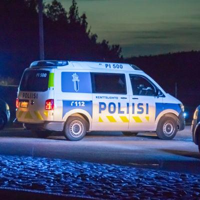 Poliisin tiesulku Hämeenkyrössä