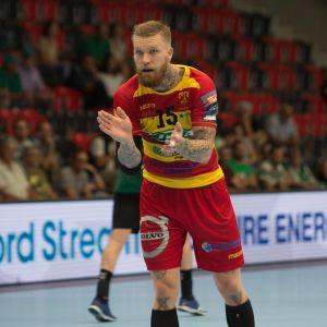 Teemu Tamminen spelar handboll i Cocks.