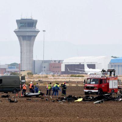 Flygkrasch nära militärbasen i Torrejon de Ardoz