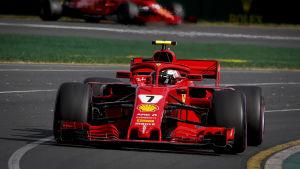 Sebastian Vettel öppnade säsongen med seger.
