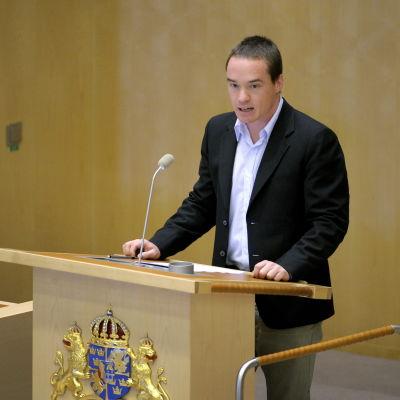 Kent Ekeroth i Sveriges riksdag sommaren 2011.