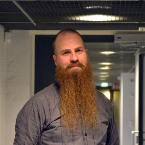 Porträtt av Klas Backholm.