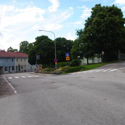 Korsningen av Gustav Vasas gata och Långgatan i Ekenäs.