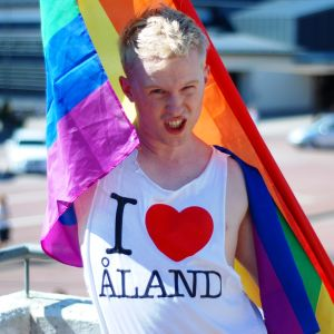 Anton Jordås på Åland Pride