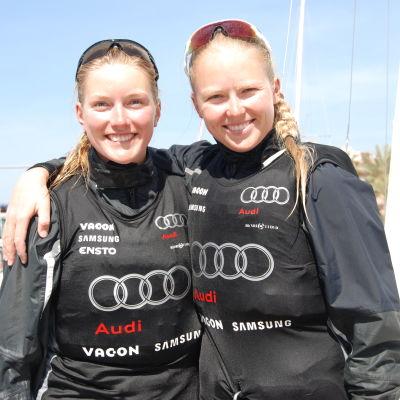 Niki Blässar, Mikaela Wulff under Trofeo Princesa Sofia-regattan.