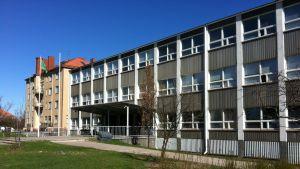 Alphyddans skola