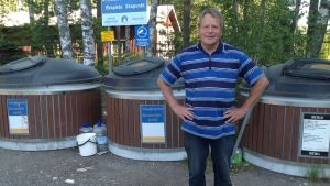 Bo-Johan Johansson vid Tirmo sopstation