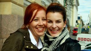 Tutkijat Rose-Mary Peake ja Riikka-Maria Pöllä