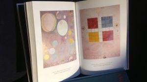 Gurli Lindén har skrivit två böcker om konstnären Hilma af Klint