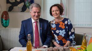 Sauli Niinistö och Jenni Haukio firar Första maj 2021