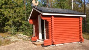 Lekstuga i lekparken i Isnäs