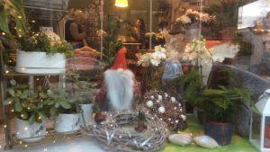 Julhandel i blomaffär i Lovisa