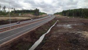 Den nya Forsby-Kotka motorvägen.