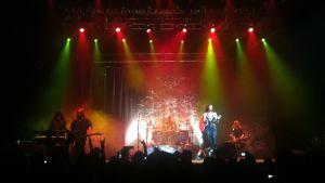 Nightwish esiintyy Teatro Metropolitanissa Méxicossa 2015.