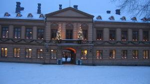 Julfreden har utlysts från Brinkalahusets balkong sedan år 1886.