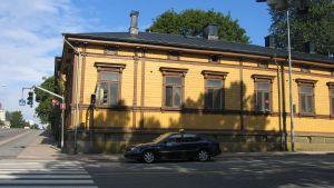 Det Strandellska huset i hörnet av Eriksgatan och Skolgatan ska bevaras och renoveras.