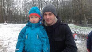 Johnny Högnäs och sonen Oliver.