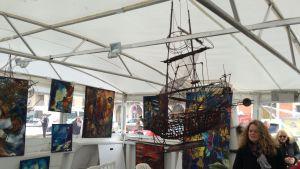 Entinen kalastusalus Louis toimii museona ja näyttelytilana Sète'in satamassa.