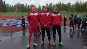 Jaros Kevin Larsson, Oskar Sandström och Adam Vidjeskog snusar inte.