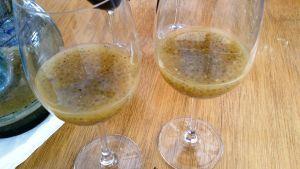 Chian-siemenjuomaa laseissa