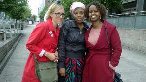 Strada tapasi somalikirjailijat Nura Farahin ja Nadifa Mohamedin