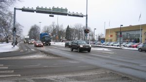 Trafik vid Bangårdsgatan i Åbo