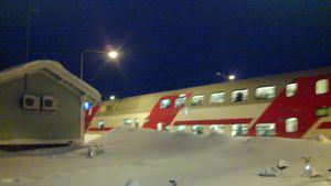 IC2-tåg i Kyrkslätt.