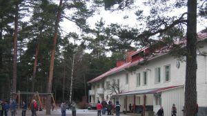 Kyrkbackens skola