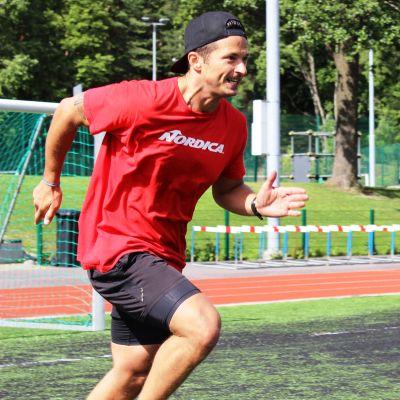 Marcus Sandell under ett träningspass sommaren 2017.