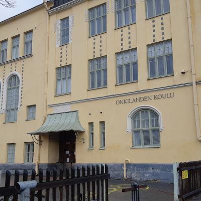 Onkilahden koulu on peruskoulu Vaasassa, sekin on etäopetuksessa 12.10.20 alkaen