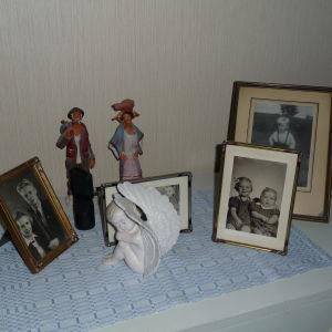 Gamla barndomsfotografier på Gurli Nurmi och hennes familj
