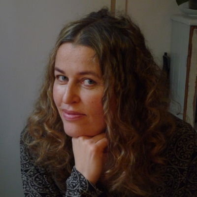 Janna Thorström i sitt hem i Kottby, helsingfors