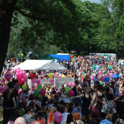 Många evenemang ordnas under Helsinki Pride