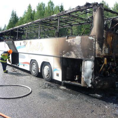 Branden började i bussens bakparti.
