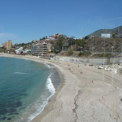 Tillsvidare är stränderna i södra Spanien rätt tomma på turister