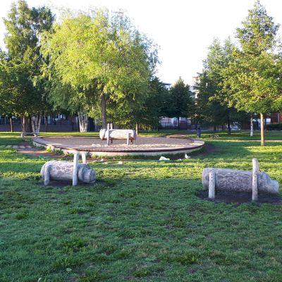 Kiikelinrannan puistoaluetta Oulussa.