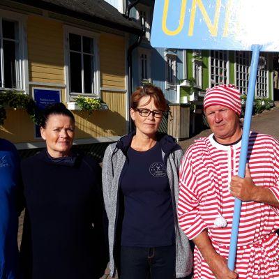 Tänä vuonna Unikeoksi valittiin Naantalin Vierassataman yrittäjät Anna-Maija ja Miska Pekkola sekä Satu ja Petri Silvo perheineen.