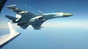 Ryskt SU-27-jaktplan