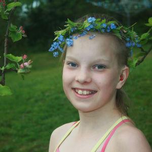 """Lotta on SuomiLOVE-tarinan """"tyttö, joka kesytti kuoleman""""."""