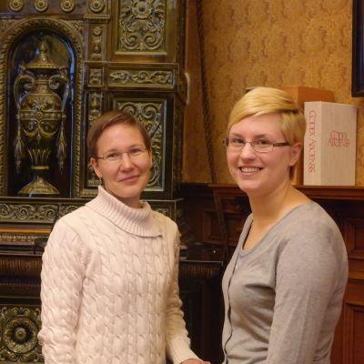 Ruth Illman och Malin Fredriksson i Donnerska institutet vid Åbo Akademi