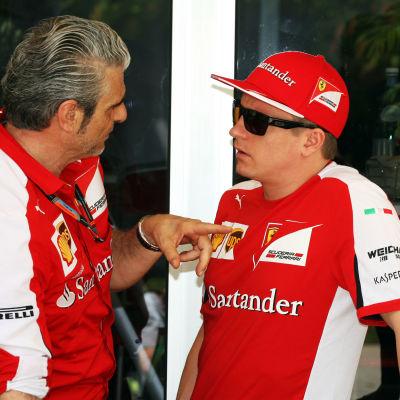 Maurizio Arrivabene och Kimi Räikkönen.