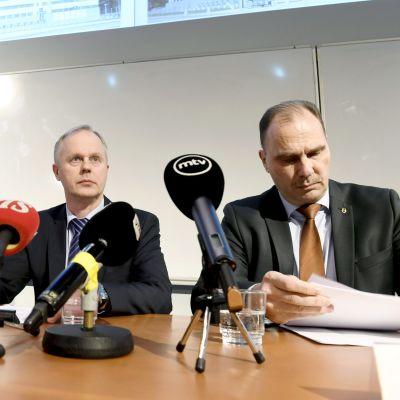 Pekka Hiltunen (Säpo), Tero Kurenmaa (Centralkriminalpolisen), Olli Töyräs (Centralkriminalpolisen).