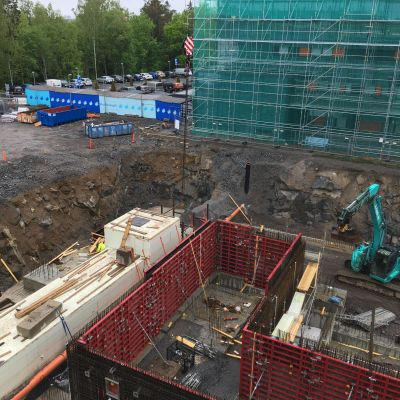 Vaasan keskussairaalan uusi H-rakennus on yli 140 miljoonan euron rakennushanke. Rakennuksen on määrä valmistua kolmen vuoden kuluttua.