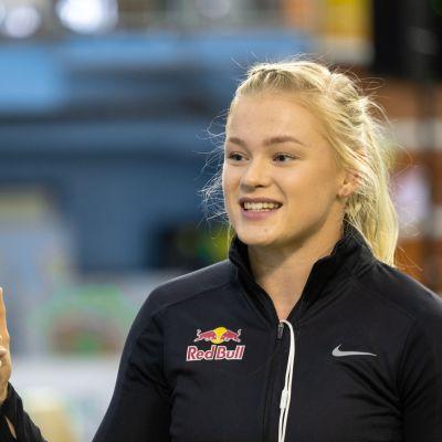 Wilma Murto hyppäsi kauden parhaan tuloksensa jo tammikuussa Australiassa.