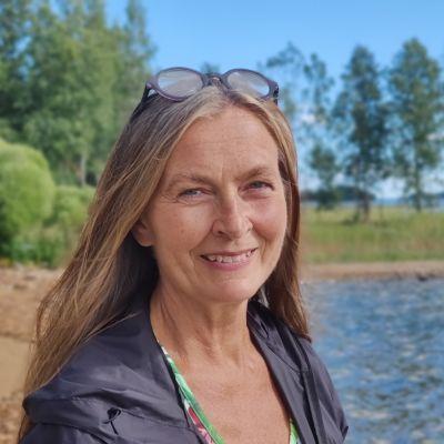 Vihreiden kansanedustaja Heli Järvinen toivoo, että Mikkeli ja Savonlinna löytäisivät yhteiseen neuvottelupöytään.