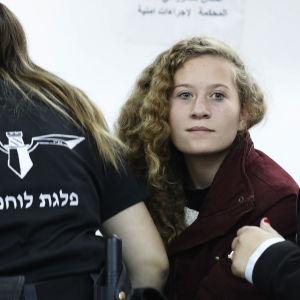 Ahed Tamimi i fängelset i Ofer på Västbanken.