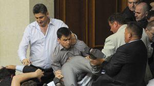 Slagsmål i Ukrainas parlament.