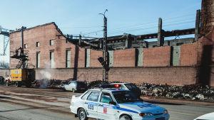 Avaruudesta syöksynyt meteorin palanen rikkonut sinkkitehtaan katon Tšeljabinskissa.